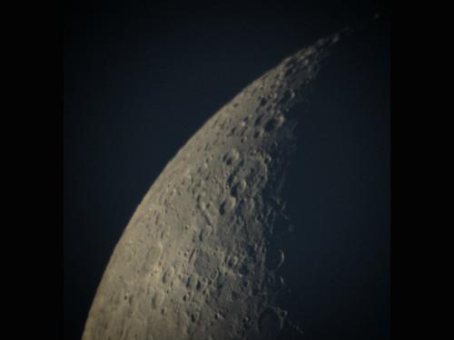 http://astro.gligor.net/2009/12/luna-afocal/