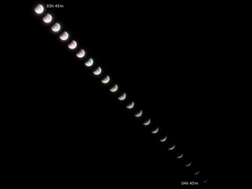 http://astro.gligor.net/2009/12/eclipsa-totala-luna-intrare/