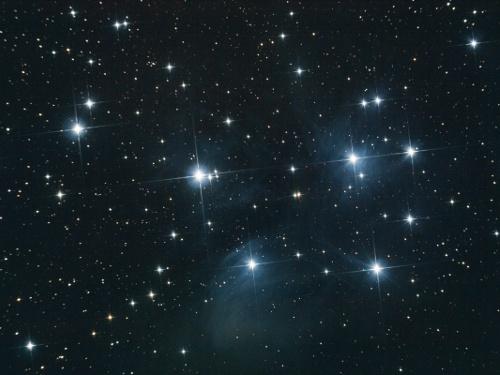 http://astro.gligor.net/2010/11/m45-roiul-pleiade/
