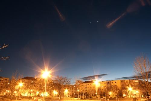 http://astro.gligor.net/2012/03/conjunctie-jupiter-venus-2012/