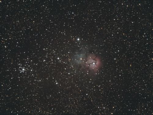 http://astro.gligor.net/2012/06/nebuloasa-trifida/