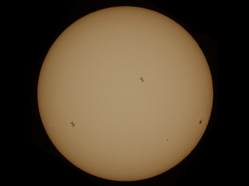 http://astro.gligor.net/2012/07/statia-spatiala-internationala-tranzit-solar/