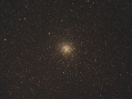 http://astro.gligor.net/2013/07/m22-roi-globular-sagittarius/